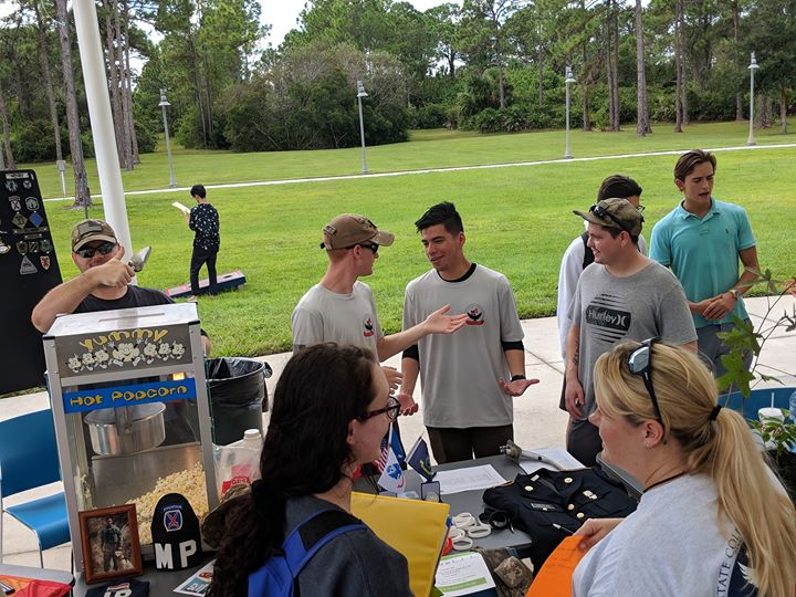 SCF student veterans at a campus event